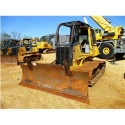 2002 JOHN DEERE 700H LGP CRAWLER TRACTOR; VIN/SN:905762 - 6 WAY BLADE, CAB, A/C, SWEEPS, SCREENS, 5,