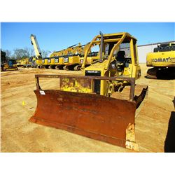 2006 CAT D5G LGP CRAWLER TRACTOR, VIN/SN:RKG02372 - 6 WAY BLADE, CANOPY, SWEEPS, SCREENS
