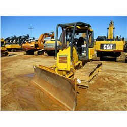 2009 KOMATSU D39PX-22 CRAWLER TRACTOR, VIN/SN:3059 - 6 WAY BLADE, CANOPY, SWEEPS, REAR SCREEN, METER
