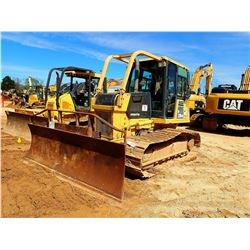 2007 KOMATSU D39PX-21 CRAWLER TRACTOR, VIN/SN:2313 - 6 WAY BLADE, CAB, SWEEPS, REAR SCREEN, METER RE