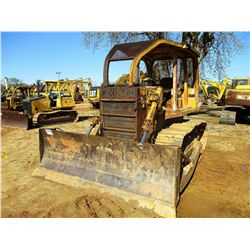 INTERNATIONAL TD12 CRAWLER TRACTOR, VIN/SN:1U000607 - STRAIGHT BLADE, CANOPY, SWEEPS