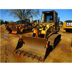 CAT 943 CRAWLER LOADER, VIN/SN:19Z01469 - BUCKET, CAB
