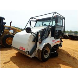 2008 ELGIN PELICAN STREET SWEEPER, VIN/SN:7239/460 - DUAL OPERATION STATION, BROOM SYSTEM, CAB, A/C,
