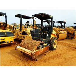 """BOMAG 124 PDH-3 ROLLER VIN/SN:901581281115 - VIBRATORY, 48"""" PADFOOT DRUM, CANOPY, METER READING 1,29"""