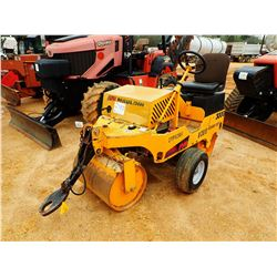 """2015 MAULDIN 3000 ROLLER, VIN/SN:2YP02811 - TOW PACKAGE, VIBRATORY, 28"""" FRONT DRUM, 34"""" REAR DRUM, M"""