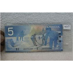 Canada Five Dollar Bills (2)