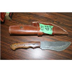 "Damascus Knife; 5 1/2""; w/Walnut Handle; Sheath"