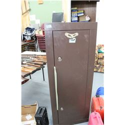 Homak Gun Safe w/Key - 8 Guns