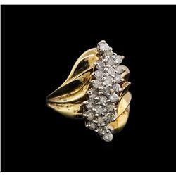 0.95 ctw Diamond Ring - 10KT Yellow Gold