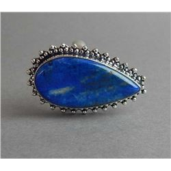 GORGEOUS 14.75 CT BLUE LAPIS RING.