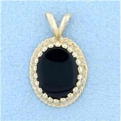 4ct Onyx Pendant in 14K Yellow Gold