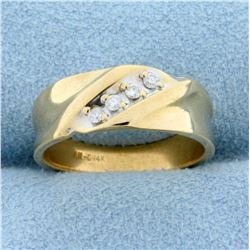 Diamond Wedding Band Ring in 14K Yellow Gold
