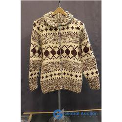 Ladies Medium Zippered Sweater