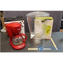 12 Cup Coffee Maker & Beverage Dispenser on Ice