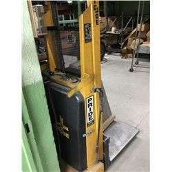 1518-R BIG JOE Battery Operated Hydraulic Lift Table