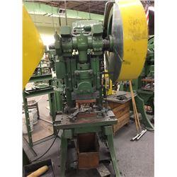 #28 WALSH 28 Ton Mech Clutch OBI Power Press