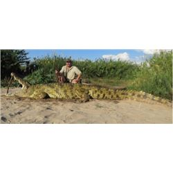 MOZAMBIQUE - NILE CROCODILE HUNT WITH RIFLE FOR TWO HUNTERS