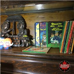 Raggedy Ann Collection (Books, Wall Hanging, Pencil Holder)