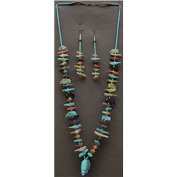ZUNI INDIAN FETISH NECKLACE