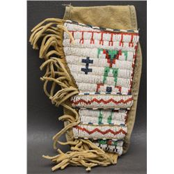 SIOUX INDIAN BEADED HOLSTER