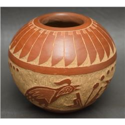 SANTA CLARA INDIAN POTTERY VASE ( CORN MOQUINO)