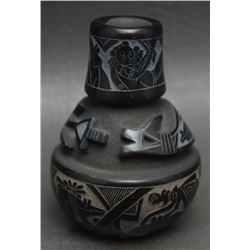 ACOMA INDIAN POTTERY VASE (DALAWAPI ERGIL VALLO)