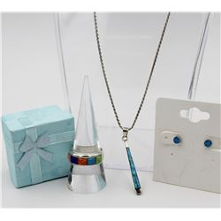 UNIQUE 2-IN-1 SET WITH RING, PENDANT AND EARRINGS
