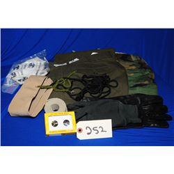 Lot of Assorted US Military Clothing
