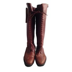 The Hunger Games Katniss Everdeen (Jennifer Lawrence) Boots Movie Props