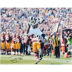 Todd Gurley Signed Rams 16x20 Photo (Beckett COA)
