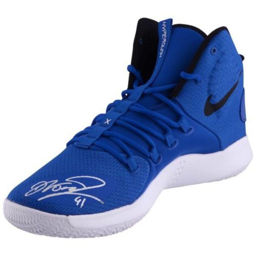low cost e20a8 58d98 Dirk Nowitzki Signed Nike Hyperdunk Basketball Shoe ...