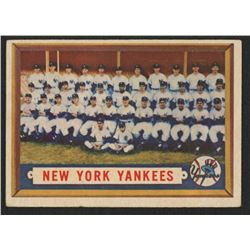 1957 Topps #97 New York Yankees Team Card