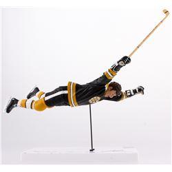 "Bobby Orr Signed 1970 Bruins Stanley Cup Winning Goal McFarlane Figure Inscribed ""5/10/70"" (GNR COA)"