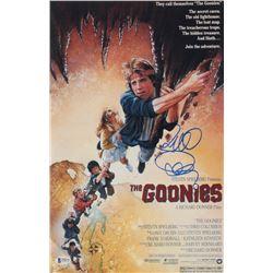 "Richard Donner Signed ""The Goonies"" 11x17 Photo (Beckett Hologram)"