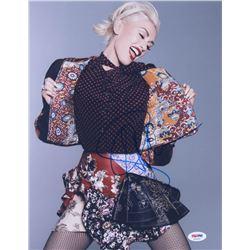 Gwen Stefani Signed 11x14 Photo (PSA COA)