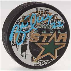 Brett Hull Signed Stars 1999 Stanley Cup Logo Hockey Puck (Schwartz Sports COA)