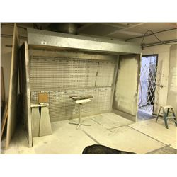 10' X 3' DEVILBISS ILLUMINATED SPRAY BOOTH , WITH PORTABLE STANDS