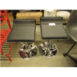 2 MATCHING BLACK BAR STOOLS