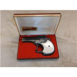 """Hi-Standard Derringer- Model DM-101- .22Mag- Double Barrel- 3.5"""" Barrel- #2269238- Box"""