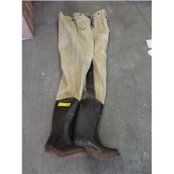 Size 10 Bushlite Hip Waders