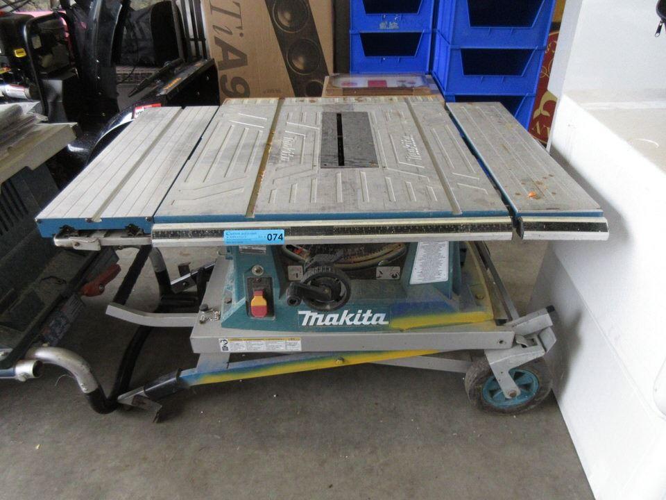 Makita Portable Folding Table Saw