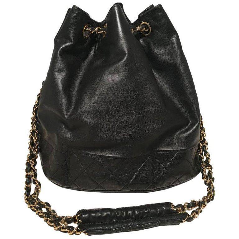 20bb4b1847de Image 1 : Chanel Vintage Black Leather Drawstring Bucket Shoulder Bag ...