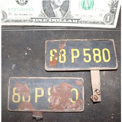 CAR LICENSE PLATES MATCHED SET ANTIQUE FILMING MINIATURE
