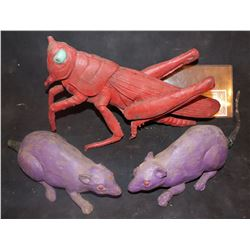 ZZ-CLEARANCE RATS AND LOCUST FROM UNKNOWN VINTAGE HORROR FILM PRODUCTION