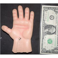 CURSE OF CHUCKY SCREEN USED LEFT MADE IN JAPAN GOOD GUY PUPPET HERO HAND