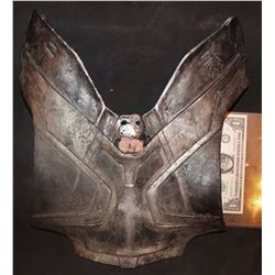 SUPERMAN MAN OF STEEL SCREEN USED FAORA BONE ARMOR PANEL 1