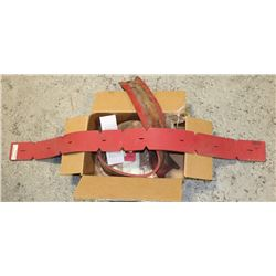 BOX WITH RUBBER SQUEEGE BLADES