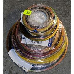 GROUP OF ASSORTED SIZED METAL GASKETS