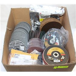 LOT OF ASSORTED ABRASIVE DISCS & PADS