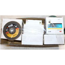 FLAT W/ 5 BOXES OF 967A FLAP DISCS(T29) & 5 BOXES